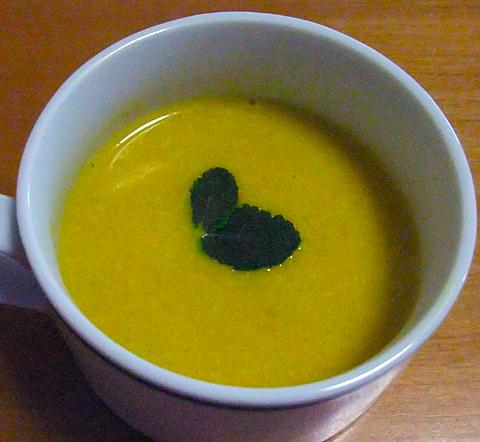 pumpkinsoup111027.jpg